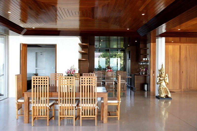 Spacious villa with a splendid panorama of the Gulf of Thailand