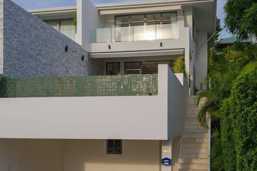 "Villa ""Duplexes in Plai Laem"" 3 bedrooms, 3 showers, private pool, sea view, walking distance to the beach, district Plai Laem, sale for 17 800 000 baht"