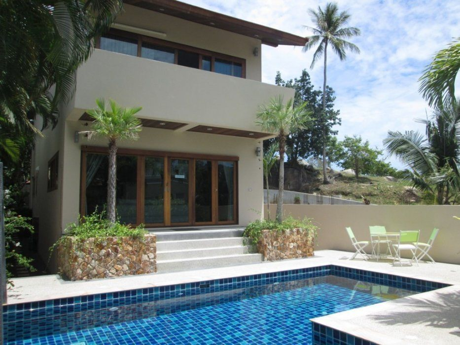 "Villa ""Luxurious villa with three bedrooms in Chaweng Noi"" 3 bedrooms, 4 showers, garden, private pool, district Chaweng Noi, sale for 9 000 000 baht"