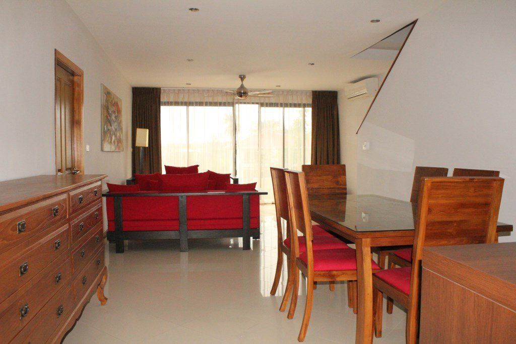 three bedroom townhouse for rent choeng mon