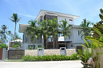 "Villa ""Beachfront villa with eight bedrooms on picturesque Lipa Noi beach"" 8 bedrooms, beachfront, daily breakfast, garden, private pool, sea view, district Lipa Noi, rent from 1 100 baht per day"