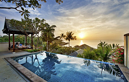 "Villa ""Luxurious 4 bedroom sea view Villa in a Resort located in Cheong Mon"" 4 bedrooms, beachfront, garden, private pool, sea view, district Choeng Mon, sale for 32 000 000 baht"