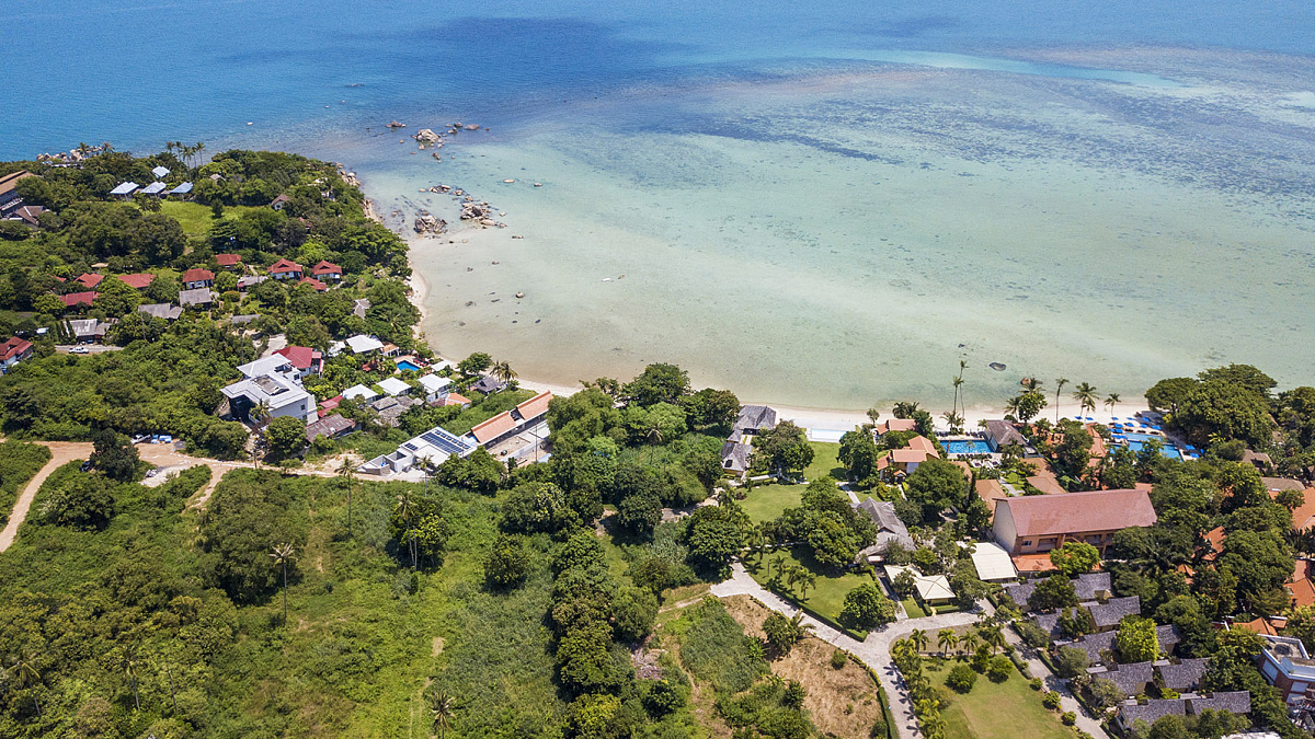 Beach front land for sale in prestigious location: Beach front land for sale in prestigious location