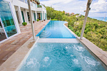 Deluxe White Villa 800m from Bang Por Beach