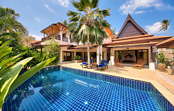 "Villa ""3 bedrooms luxurious beach side villa in a residence in Hua Thanon"" 3 bedrooms, beachfront, garden, private pool, sea view, district Laem Set, sale for 16 750 000 baht"